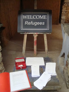 img welcome refugees 1